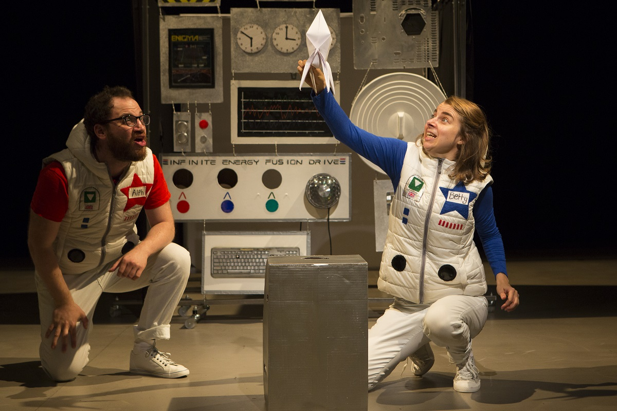 Ben Vardy and Jesse Meadows in The Star Seekers Photo by Ellie Kurttz
