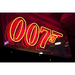 007 Sign